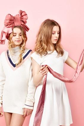 Les filles en rose15626_Final_RGB.jpg