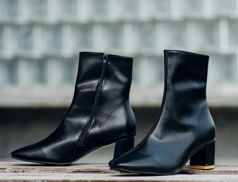 รองเท้าบูท หญิง รุ่น NANA   SHBAGBK