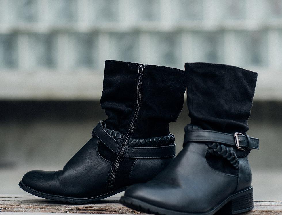 เช่ารองเท้าบูทสั้นส้นเตี้ย หญิง รุ่น FAIRY | SHASOBK