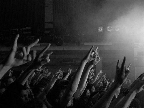 Kahvenize eşlik edecek Mini Konser Öneri Listesi ✅🤘🏻