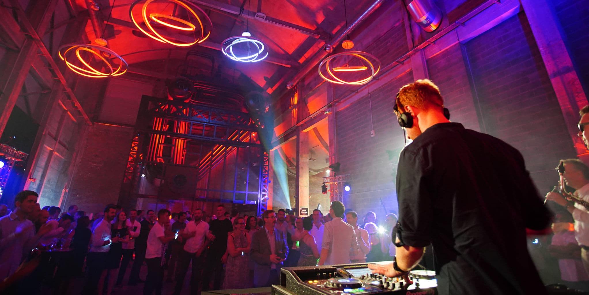 DJ-Mariage-Evenements-Privés-Professionnels-Nord-Pas-de-calais-Lille-Bethune-Le-Touquet-Belgique
