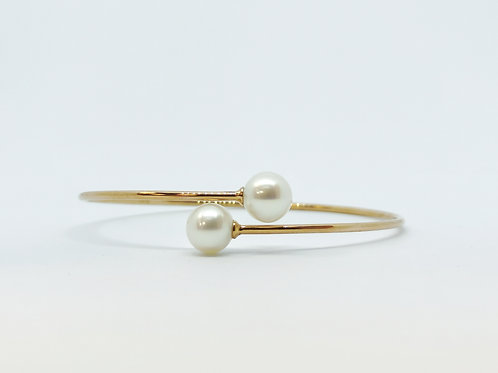 9ct Gold and Pearl End Bangle