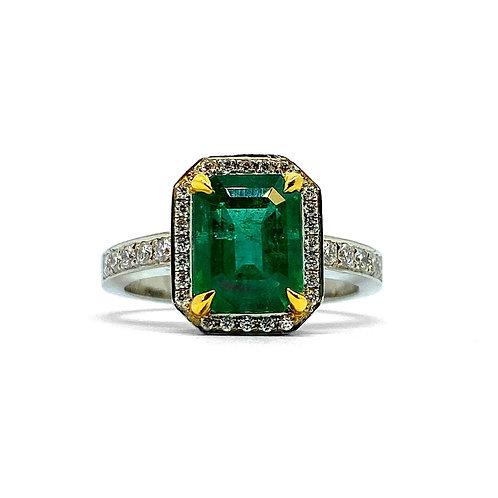 Emerald & Diamond Ring Platinum