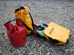 小物携行用 ショルダー防水バッグ