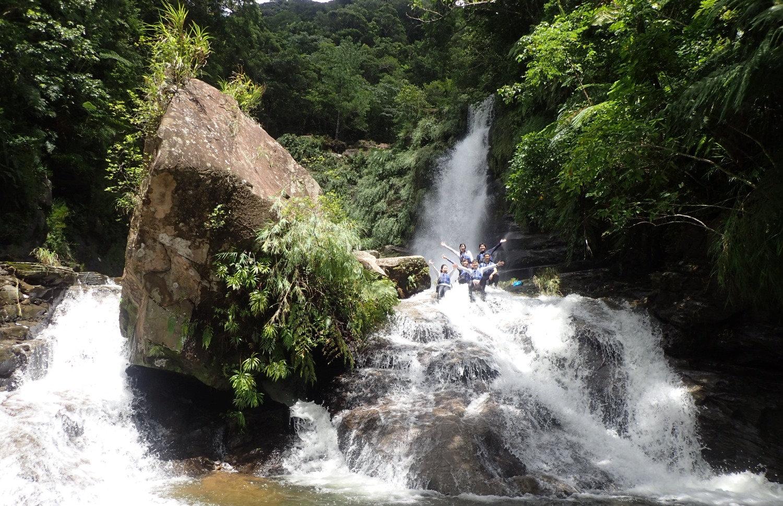 仲良川・ナーラの滝