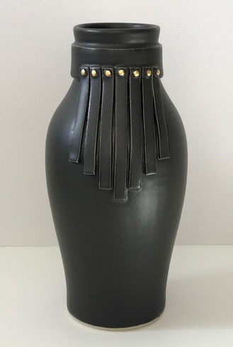 Collar Fringe Vase