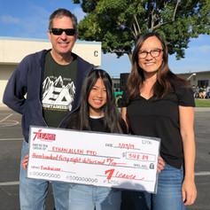 7 leaves school fundraiser