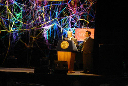 Mayoral_Awards_2007_with_Mayor_Bloomberg