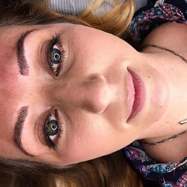 Hello 👋🏻 eyebrows 🤳🏻_#stlmicrobladin