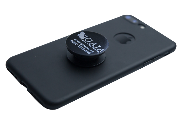 Mocup-on-Pop-Socket.png