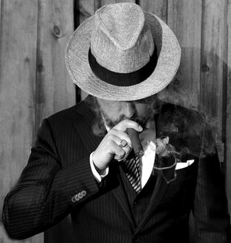 Sigarenliefhebber - man