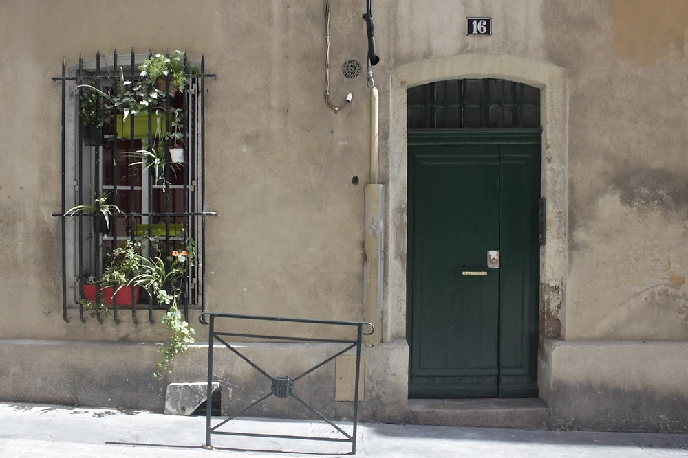 One of the many unique doors in Aix