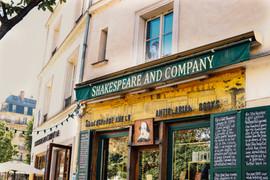 shakespeare & rue cremieux-2.jpg