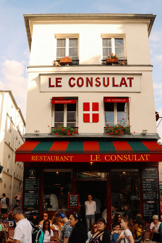 Le Consulat Cafe