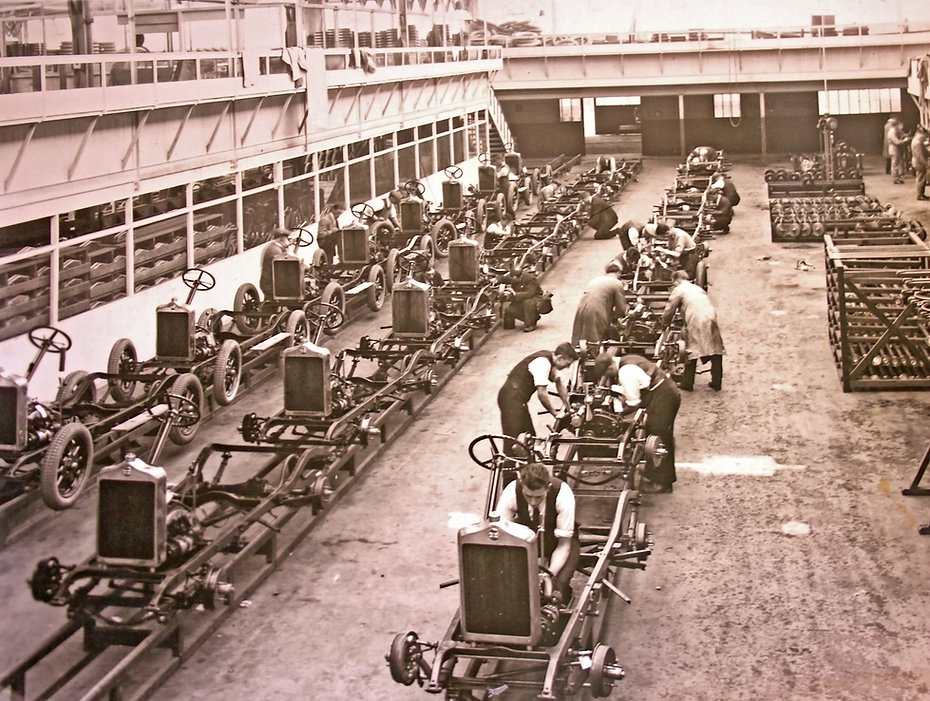 canley production line circa 1929.jpg