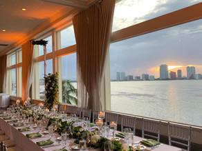 Classic & Tropical Wedding