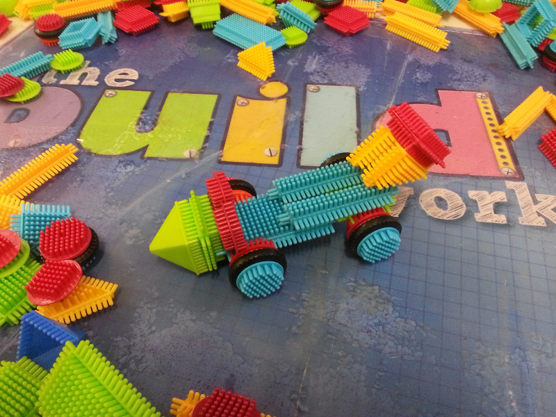 stickle brick racing car.jpg