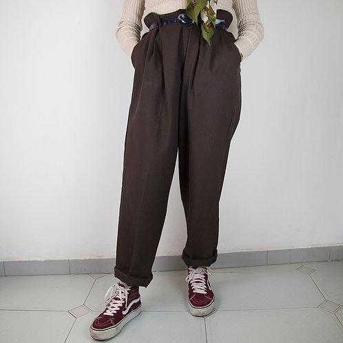 Pantalón 80s marrón. Talla 44
