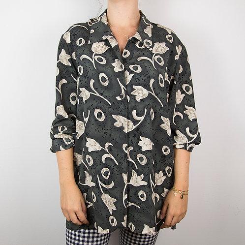 Camisa flores Shy. Talla 42