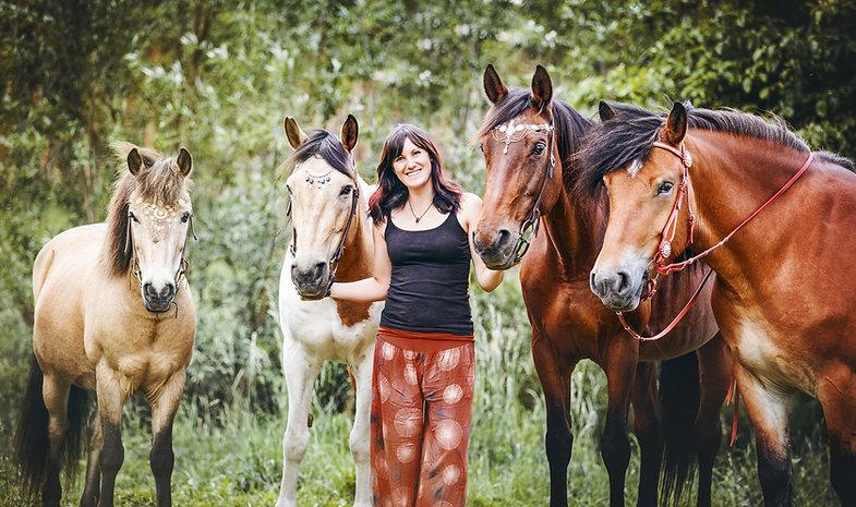 Anja Gretzschel mit Leihpferden