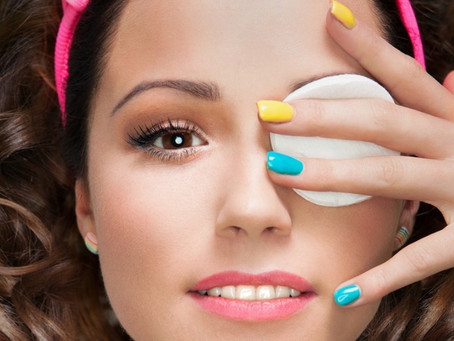 Smart Makeup Removal Before Bed