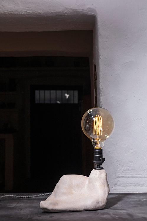 JÜT Light Me Up No: 18 El Yapımı Seramik Aydınlatma