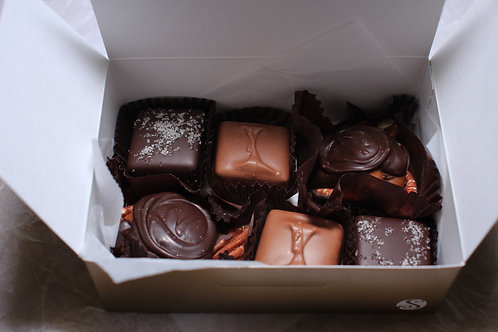 Box w/ 4 caramels and 2 truffles