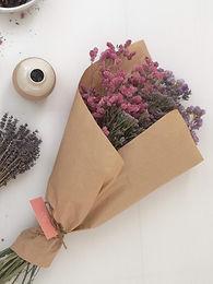 זרי פרחים מיובשים