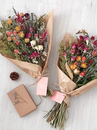 Rainbow זר פרחים מיובשים