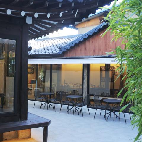 J.Hidden House Courtyard.JPG