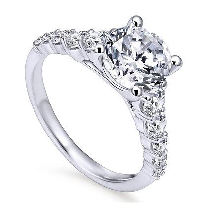 Graduating Diamond Engagement Ring