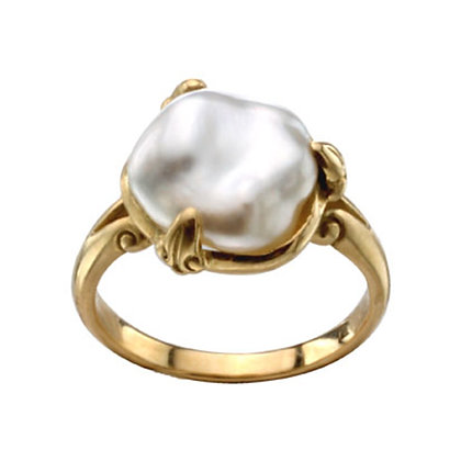 Pearl Claw Prong Ring