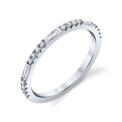 Baguette & Round Diamond Wedding Band