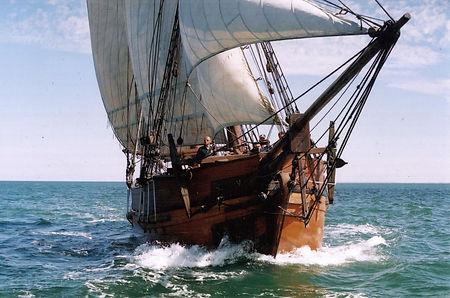 Sailing in the Yarra River & Port Phillip Bay