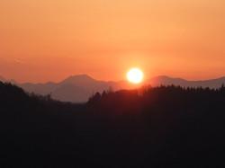 アルプス展望台から見える日の出