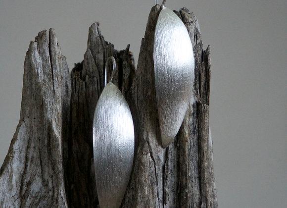 Silberohrhänger | gehämmert