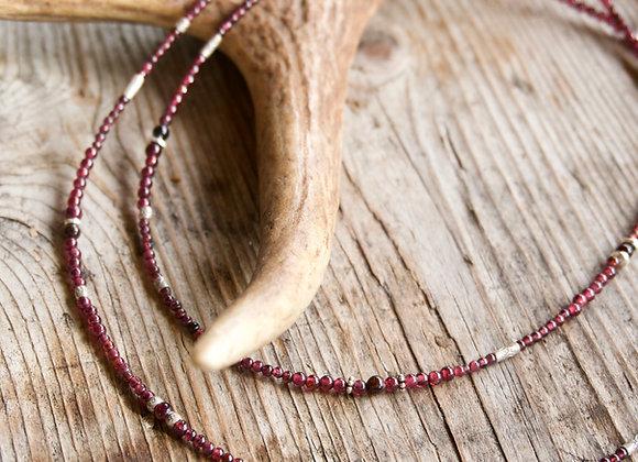 Halskette   Lang   Granat mit Silber
