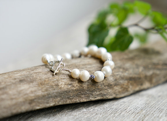 Armband | Weisse Perlen | Dunkles Silber