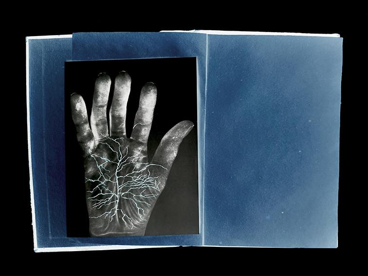 ©Gaëlle Abravanel, Lignes de main, série Ligne de Faille Chap 1-1 2020
