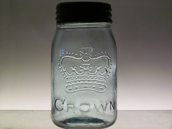 reverse crown pint fruit jar