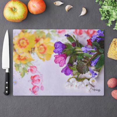 comfrey-cutting-board.jpg