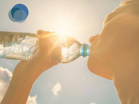 Como se hidratar no verão sem prejudicar a saúde