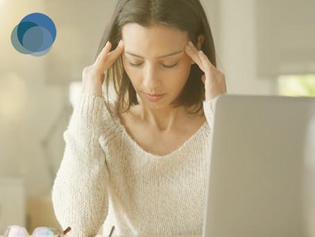 Por que a dor de cabeça afeta mais as mulheres