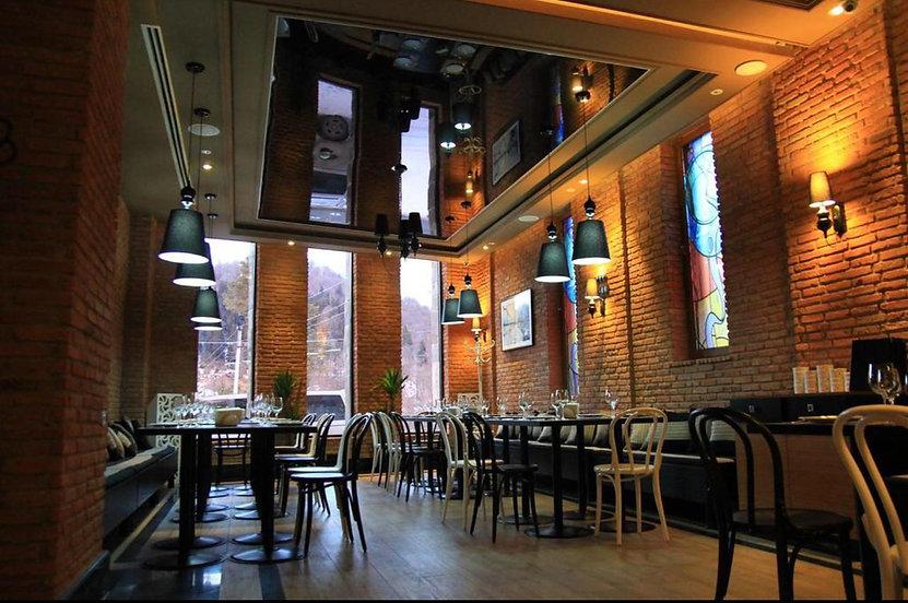 ресторан гостиницы в Бакуриани orbi pala