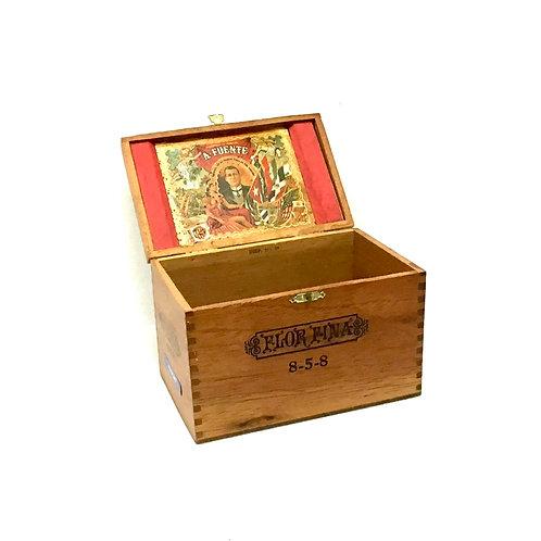 Flor Fina Wood Cigar Box