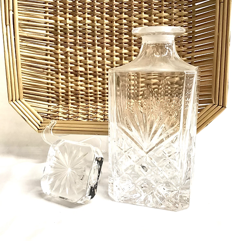 Crystal Decanter with Dublin Design