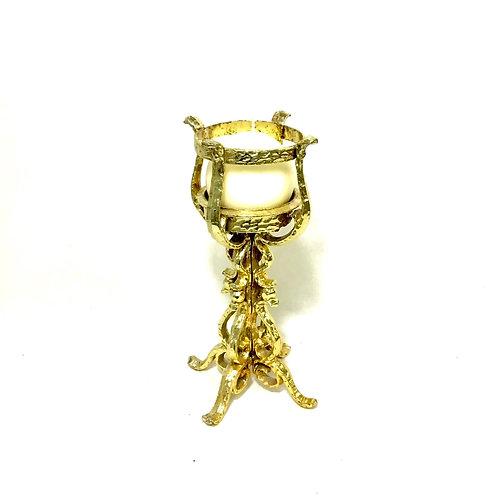 Gold Filigree Pillar Holder