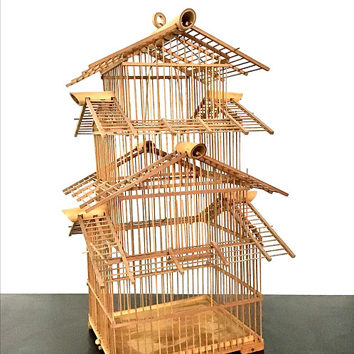 Pagoda Style Birdcage