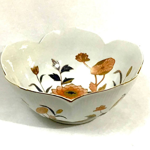 Waterlily Hand-painted Porcelain Bowl