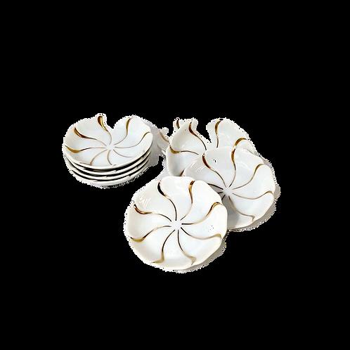 Porcelain Pinwheel Ring Dish